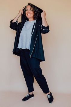 The Hove jacket from In the Folds is a loose-fitting hooded jacket designed for woven fabrics with a real sporty vibe. We're loving this sewing pattern! Rain Jacket, Bomber Jacket, Sewing Magazines, Jacket Pattern, Woven Fabric, Different Styles, Casual Looks, Long Sleeve Tops, Hooded Jacket