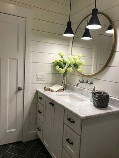 Traditional Home Decor Modern Farmhouse Master Bath Renovation - Obsessed with our vanity spaces! Home Decor Modern Farmhouse Master Bath Renovation - Obsessed with our vanity spaces! Cottage Bathroom Design Ideas, Design Bathroom, Bathroom Layout, Tile Layout, Bath Design, Tile Design, Small Bathroom Designs, Cottage Bathroom Decor, Master Bath Layout