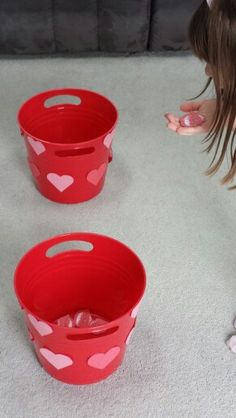 """Blowing kisses"" Game. Cutest, easiest Valentine's game for kids!"