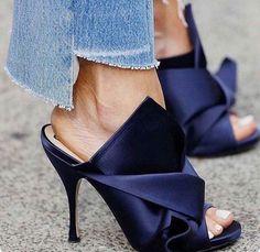 Sandals 2018 #sandals #shoes #fashion #style #vanessacrestto