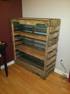 Thanks to my brains and my husbands skills we were able to find a simple way to make a bookcase out of pallets