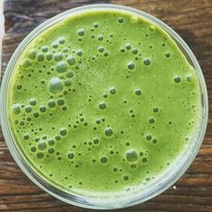 :leaves: Easy to love creamy green smoothie. 1 cup almond milk, 1 Tbsp almond butter, 1 pitted Medjool date, two big handfuls kale or spinach, and 1 frozen banana -- blend until frothy! optional: scoop of protein powder. Almond Butter, Almond Milk, Kale, Spinach, Easy To Love, Frozen Banana, Matcha, 1 Cup, Smoothies