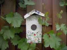 tetrapack vogelhaus da werden die v gel augen machen naturwissenschaft f r kinder v gel. Black Bedroom Furniture Sets. Home Design Ideas