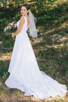 Retro Wedding Dresses, Wedding Dress Backs, Wedding Dress Trends, Unique, Vintage, Design, Fashion, Moda, Fashion Styles