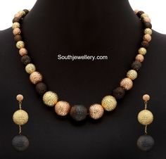 gold balls necklace set 600x576 photo