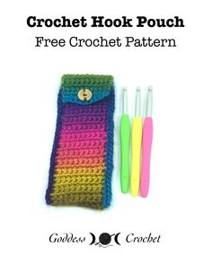 Crochet a pouch for your hooks – beginner level pattern.