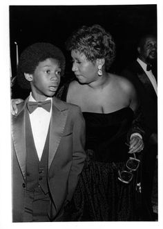Soul singer Aretha Franklin and her son attend an event in circa 1975.