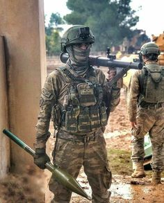 Turkish Military, Turkish Army, Kobe, Turkish Soldiers, Military Special Forces, Military Personnel, Modern Warfare, Swat, Cs Go