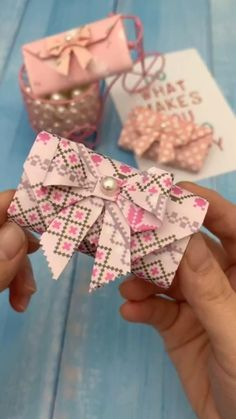 Mini Origami Succulent Plants Tutorial via Paper Kawaii Origami is a good endeavor to take advantage of your time as … Mode Origami, Instruções Origami, Origami Simple, Origami Flowers, Paper Flowers, Diy Crafts Hacks, Diy Crafts For Gifts, Diy Arts And Crafts, Creative Crafts