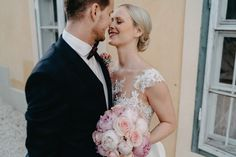 hochzeit-aiola-im-schloss hochzeit-graz hochzeitsfotograf-graz Lace Wedding, Wedding Dresses, Fashion, Wedding Dress Lace, Bridal Gowns, Wedding Bouquets, Boyfriends, Graz, Bride Dresses