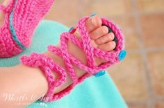 Crochet Button Gladiator Baby Sandals with FREE Pattern