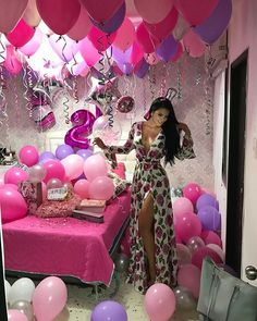 how to decorate bedroom for romantic night 22 Birthday Ideas For Her, Birthday Girl Pictures, Birthday Goals, 23rd Birthday, Birthday Brunch, Diy Birthday, Birthday Photos, Birthday Balloon Decorations, Birthday Balloons