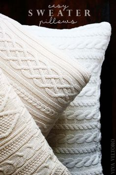 5 COSY CUSHIONS FROM OLD SWEATERS... Diy Throws, Diy Throw Pillows, Sewing Pillows, How To Make Pillows, Decorative Pillows, Diy Pillow Covers, Diy Blankets, Sweater Pillow, Knit Pillow
