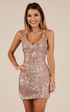 champagne sequins v-neck school event dress spaghetti-straps sleeveless homecoming dress evening dress short party Rose Gold Homecoming Dress, Homecoming Dresses Tight, Vegas Dresses, Event Dresses, Dance Dresses, Occasion Dresses, Sexy Dresses, Short Tight Dresses, Dresses Dresses