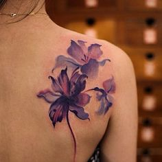 Purple Flower Tattoo Best Flower Tattoos For Women: Cute Floral Tattoo Designs Finger Tattoo Beautiful Flower Tattoos, Pretty Tattoos, Flower Watercolor Tattoo, Watercolor Tattoo Shoulder, Floral Watercolor, Watercolor Fish, First Tattoo, Get A Tattoo, Tattoo Cat