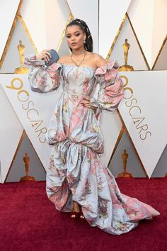 Andra Day Photos - Andra Day attends the Annual Academy Awards at Hollywood & Highland Center on March 2018 in Hollywood, California. Celebrity Red Carpet, Celebrity Style, Oscar Academy Awards, Red Carpet Looks, Red Carpet Fashion, Fashion 2018, Gowns, Celebrities, Oscars