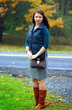 Happy Medley:brown boots and houndstooth skirt. Winter Style, Autumn Winter Fashion, Fall Winter, Houndstooth Skirt, Sexy Boots, Classy Women, Brown Boots, Career, Feminine