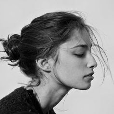 Creative Portraits, Merit, Badge, Photography, and Girl image ideas & inspiration on Designspiration Face Reference, Photo Reference, Face Profile, Side Profile Woman, Female Side Profile, Profile View, Rides Front, Portrait Inspiration, Female Portrait
