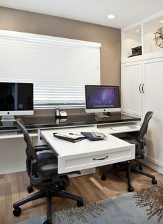 Home Office Designs - Home offices are now a norm to modern homes. Here are some brilliant home office design ideas to help you get started. Home Office Space, Home Office Desks, Home Office Furniture, Desk Space, Furniture Ideas, Apartment Office, Office Spaces, Furniture Layout, Ceo Office