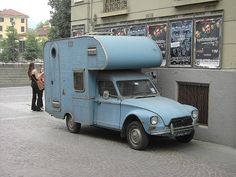 for fans of camping car based on Citroën Dyane or acadiane Camper Caravan, Truck Camper, Camper Van, Mini Camper, Classic Campers, Citroen Car, Vintage Rv, Weird Cars, Vintage Travel Trailers