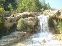 MAGIA SERRANA: LAS CHORRERAS DE ENGUÍDANOS Y VILLORA Valencia, Waterfall, Beautiful Places, Sierra, Outdoor, Guadalajara, Paths, Woods, Vacations