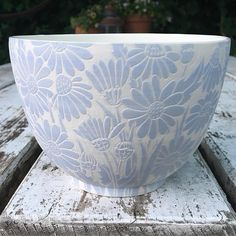 Could I use under glaze and scrape off? Ceramic Decor, Ceramic Clay, Ceramic Bowls, Stoneware, Sgraffito, Pottery Painting, Ceramic Painting, Pottery Bowls, Ceramic Pottery