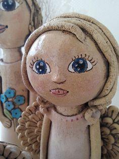 Andělíček ze šamotove hlíny