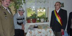 MILITARII VÂLCENI ÎŞI CINSTESC VETERANII • Anul 2015, declarat Anul veteranilor celui de-Al Doilea Război Mondial, a fost un prilej deosebit pentru militarii activi din garnizoana Râmnicu Vâlcea să-şi cinstească veteranii şi să le aducă acestora un dram de bucurie