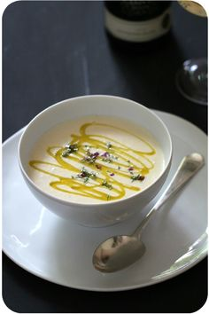 Weiße Bohnencrèmesuppe mit Olivenöl und Thymian   Arthurs Tochter kocht von Astrid Paul