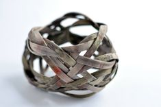Isabelle Molénat jewellery and object Knots collection - bracelet silk, eco-dyeing