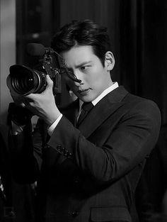 Healer ❤❤ 지 창 욱 Ji Chang Wook ♡♡ that handsome and sexy look . Ji Chang Wook Smile, Ji Chang Wook Healer, Ji Chan Wook, Korean Star, Korean Men, Asian Actors, Korean Actors, Healer Korean, Korean Celebrities
