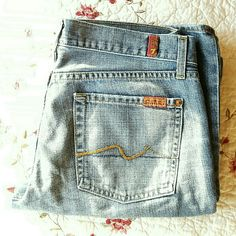 """7 for all Mankind Flare Jeans Preloved jeans. No stains. Super cute and comfy.  100% cotton  32"""" inseam 28 1/4"""" waist. 39 1/4"""" low hip. 23 1/8"""" thigh. (15) 7 for all Mankind Jeans Flare & Wide Leg"""