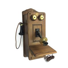 Hey, I found this really awesome Etsy listing at https://www.etsy.com/listing/289607443/vintage-telephone-phone-the-country