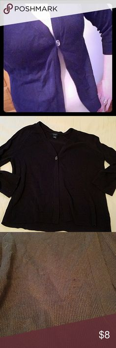 Navy Blue Cardigan Deal!! Lightweight chaps size large navy blue cardigan. Minor wear. But other than that in great condition. Nautical look and can be lightweight for summer!!!!  One silver button. 3/4 length sleeves.   Great deal! Chaps Sweaters Cardigans