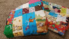 """50"""" x 61"""" I spy-Scrap fabric quilt/Play mat/Travel blanket/Toddler blanket/sensory blanket/Boy or Girl Quilt/Toddler bed size quilt! by AmourFabriQues on Etsy"""