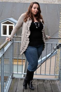 Cardigan by Vero Moda, Tank Top by Milla, Jeans by H&M, Boots by Duo, Necklace by Maurices