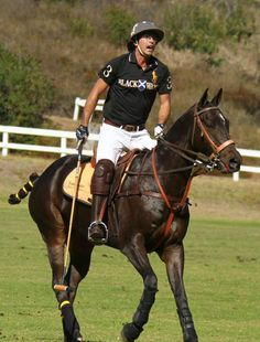 nacho-figueras-at-the-veuve-clicquot-polo-classic-los-angeles-at-will-rogers-state-historic-park.jpg (646×851)