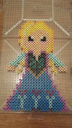Disney Frozen princess Anna perler bead pattern by Amy Lynn Perler Bead Templates, Diy Perler Beads, Perler Bead Art, Hama Beads Patterns, Beading Patterns, Hama Beads Disney, Peler Beads, Frozen Princess, Princess Anna