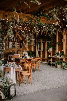 Decoration Evenementielle, Table Decorations, Deco Nature, Design Inspiration, Fashion Inspiration, Textures Patterns, Planters, Quiet Books, Hui