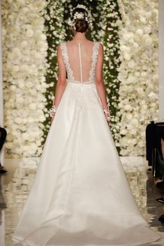 Reem Acra Bridal Fall 2015 via @stylelist