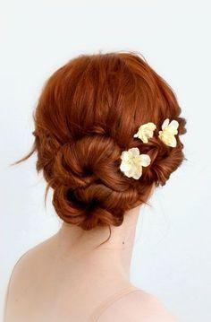 Ivory flower hair clips