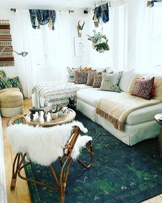 Tomorrow is the BIG DAY!! @fleamarketfab is landing here in Texas for a week of junking and design overhaul with @atlantishome and me!! She is basically my home design hero. I mean? look at her living room! This is going to be major  stay tuned!! by seaofshoes