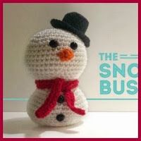 This is great site, 2000 free crochet patterns (lots of cute amigurumi! Crochet Amigurumi Free Patterns, Crochet Toys, Free Crochet, Holiday Crochet, Christmas Knitting, Crochet Snowman, Yarn Projects, Pattern Design, Crafts