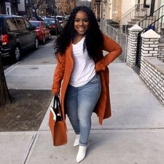 XXL-Outfit XXL-Outfit size fashion for women black girl Thick Girls Outfits, Curvy Girl Outfits, Curvy Girl Fashion, Cute Casual Outfits, Look Fashion, Chic Outfits, Plus Size Outfits, Plus Size Winter Outfits, 90s Fashion