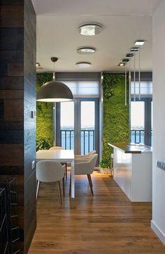 Cocina con jardín vertical
