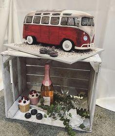 Vintage wedding car VW1Bulli cake boho wedding Hochzeit