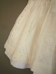 broderie anglaise..