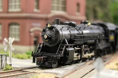 HO Scale Model Train Image 2