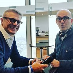Cosa fa @lucadondoni ? Maledetto ...mi ruba il microfono   #onair !!! #huaweip20 #huaweip20pro @huaweimobileit  @huaweimobile  @huaweimobilefr  @saturninoeyewear @saturnino69 @levanteofficial  #likesforlikes  #comment4comment  #recent4recent  #france