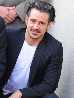 Colin Farrell I love this man!